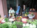 野菜売りのおばちゃん