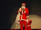 サンタも来た。なぜか子連れ