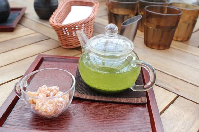 緑茶のリンゴ茶