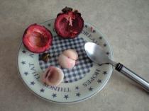 果肉のと直径3㎝弱とかなり小さい