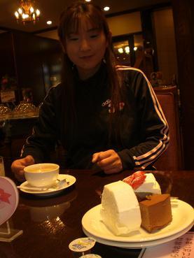 shiroikoibito-cake.jpg
