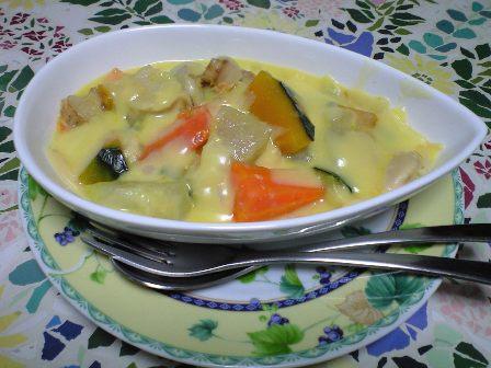 野菜いっぱいのシチュー