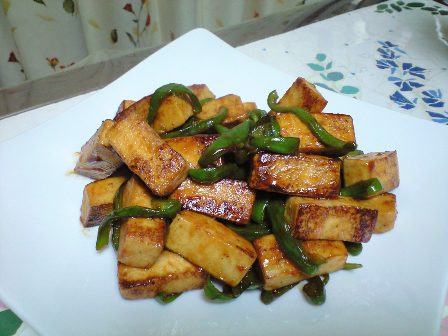 高野豆腐とピーマンのケチャップ炒め