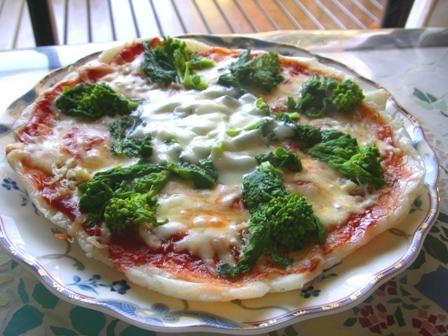 シラスと菜の花のピザ☆お餅でね
