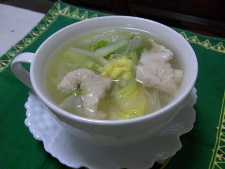 生姜風味の白菜と鶏のとろとろスープ