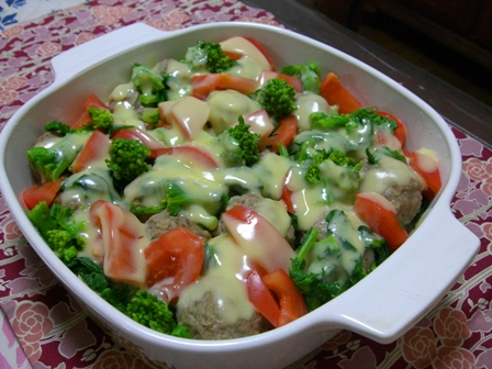 お野菜とミートボールonハッシュドポテト