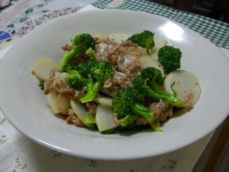 豚バラ&カブとブロッコリの粒マスタード炒め