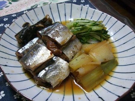 野菜と一緒にさんまの煮物