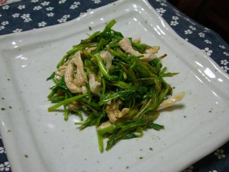 セリと鶏の炒め物