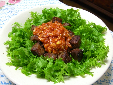 サイコロステーキ葱トマソース