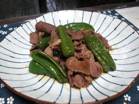 牛肉とピーマンの甘辛煮