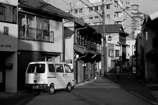 瀬戸モノクロ3-13