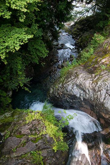 阿寺渓谷樽ヶ沢の滝
