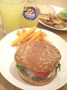 Dinner@Sun_20080630141404.jpg