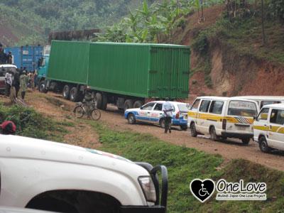 ルワンダブルンジ車渋滞1