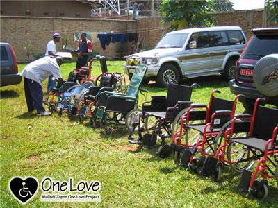 ブルンジ車椅子配布2