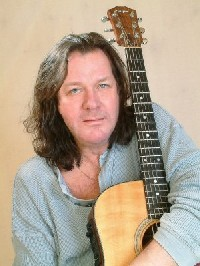01_Wetton_Downes_JOHN_WETTON.jpg