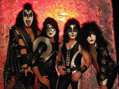 Kiss_rock_the_nation.jpg