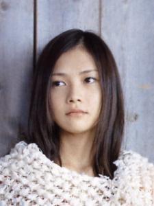 yui-01.jpg