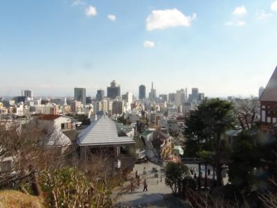 北野天満神社から神戸市内を望む