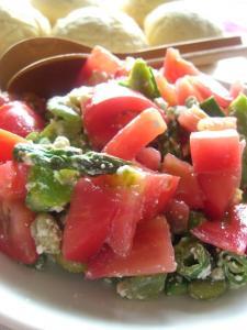 初夏野菜とカテージチーズのサラダ