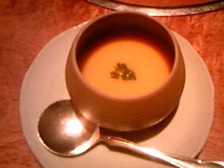 120225炭焼き工房にんじんスープ