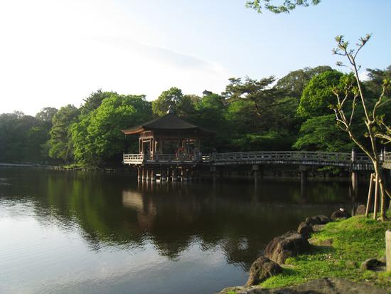奈良公園の浮見堂1