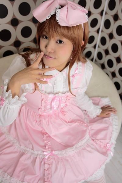070107_lolita_006_std.jpg