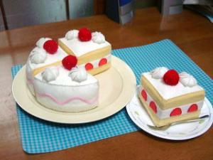 フェルトままごと バースディケーキ