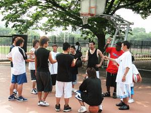 Dazzleと一緒に代々木でバスケをしよう!!