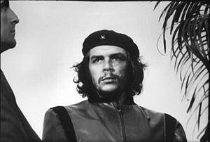 300px-Che_Guevara_x_Korda_-1960-_foto_completa.jpg