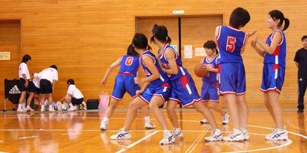 2003中体連(女バス)1