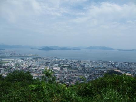 鈴ケ峰山頂