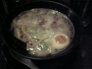 「岡山県岡山市富浜町の麺や哲のトンコツチャーシュー麺」