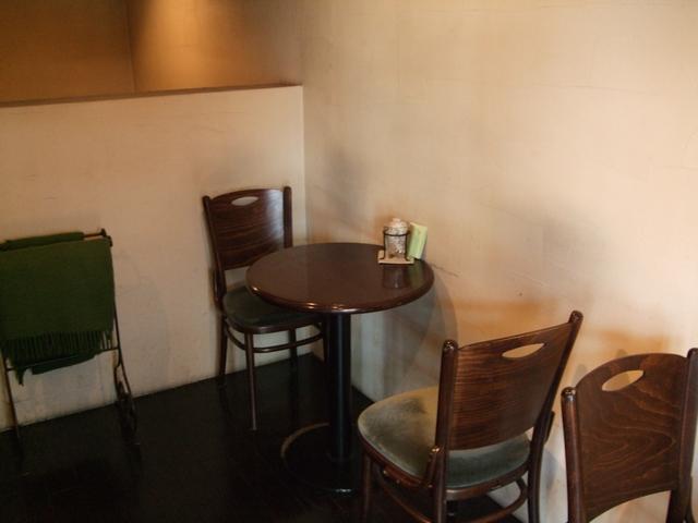 cafe de SaRa 店内01