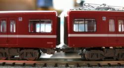 左:TN 右:マイクロ