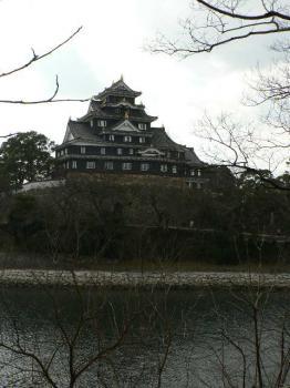 岡山城 別名(烏城)