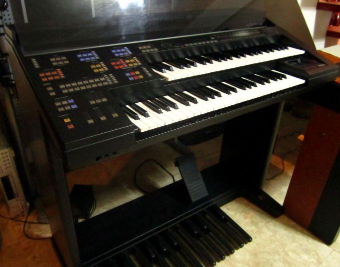 Yamaha Electone HS-8