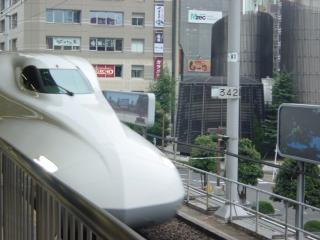 N700系のぞみ7号名古屋入線