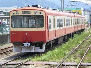 須坂駅に7年以上留置され続けている10系OSカー。23年しか走れなかった不遇の自社発注車両。