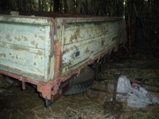養豚場跡の廃車車両5『ダイハツデルタ2トントラック』その2