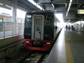 名鉄特急(一部特別車)1600系+1700系