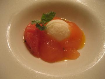 ピンクグレープフルーツのジュレ ヨーグルトのソルべ