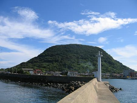 白灯台防波堤