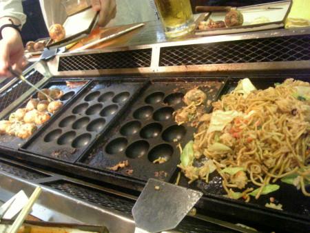 takoyaki_yakisoba.jpg