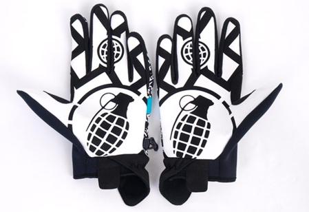 grenade-espn-xgames-gloves-2.jpg