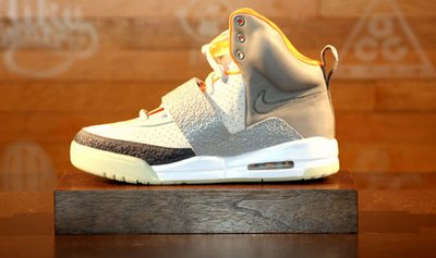 nike-air-yeezy-launch_08.jpg