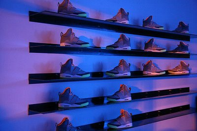 nike-air-yeezy-launch_15.jpg