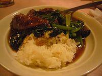 中華街 牛ばらご飯