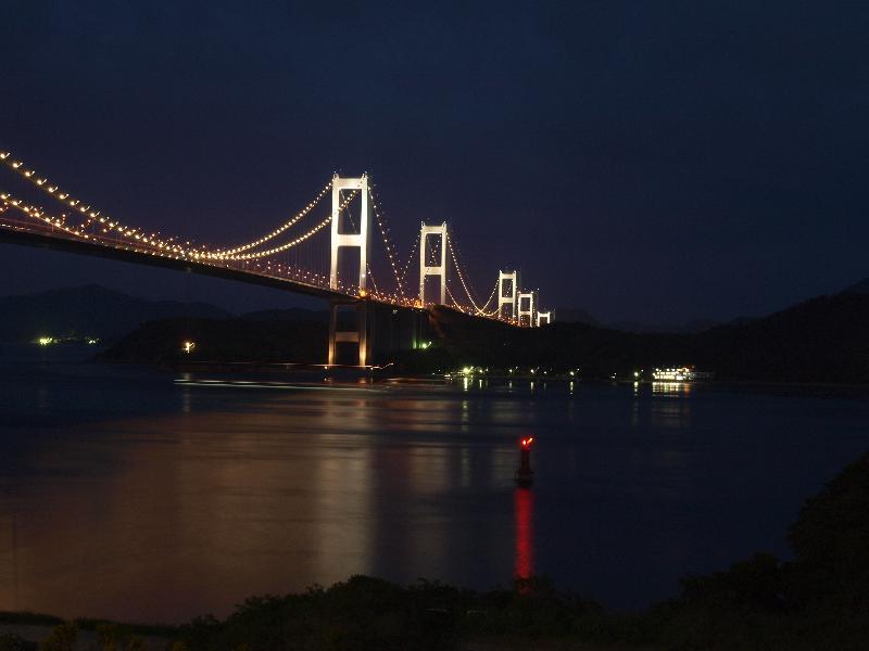 しまなみ海道 来島海峡大橋 ライトアップ 夜景
